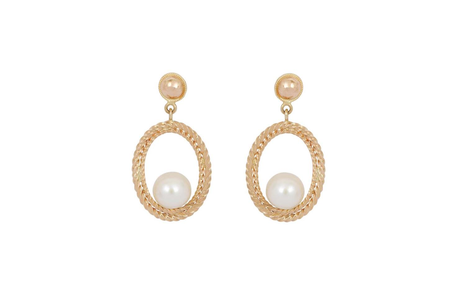Oval Pearls Earring-Style-treasure