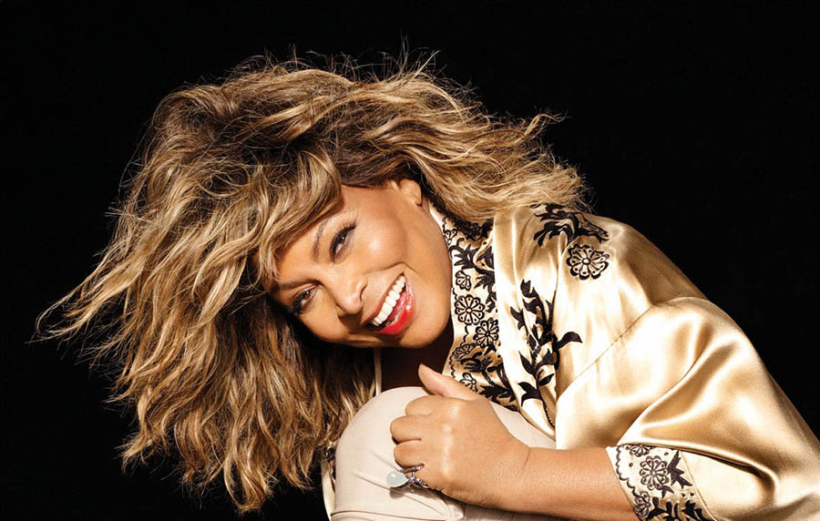 http://www.cairowestmag.com/wp-content/uploads/2014/11/Tina-Turner-Official1.jpg